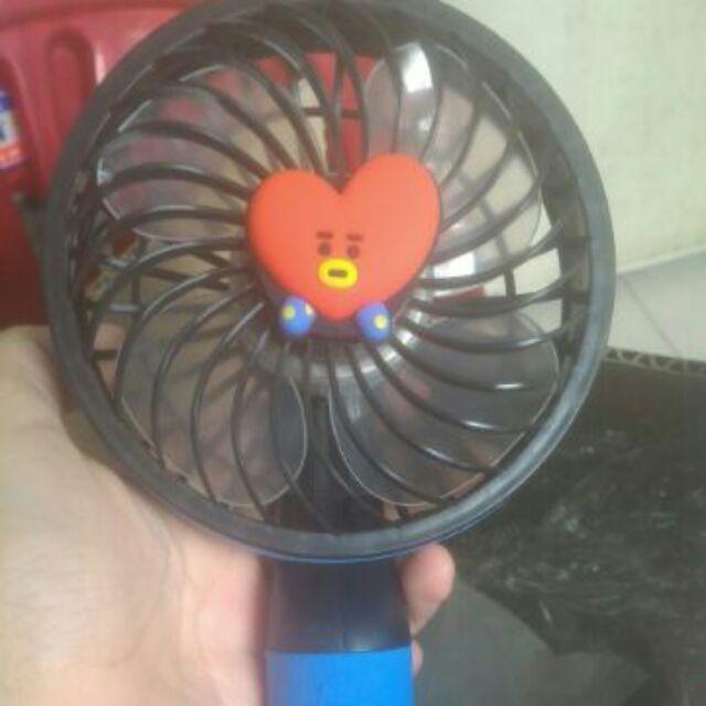 [NHƯỢNG HÀNG CÓ SẴN] BT21 Handy Fan ver.1 official Quạt cầm tay ver Tata