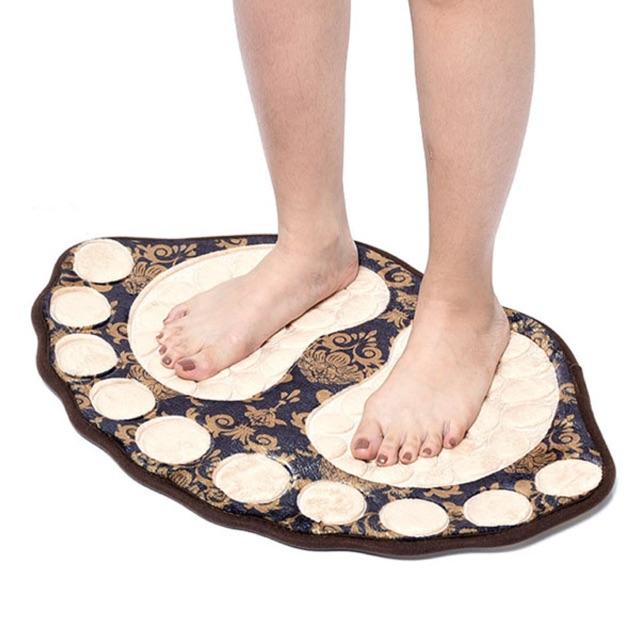 Thảm lau chân hình bàn chân đẹp, lạ mắt - 2551173 , 672805316 , 322_672805316 , 45000 , Tham-lau-chan-hinh-ban-chan-dep-la-mat-322_672805316 , shopee.vn , Thảm lau chân hình bàn chân đẹp, lạ mắt