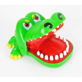 Đồ chơi cá sấu cắn tay mẫu mới cho bé (hàng có hộp) thumbnail