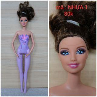 Búp bê barbie ( nhựa 1 _ 5 )