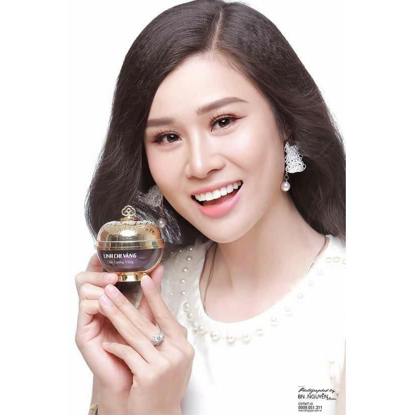 LINH CHI VÀNG