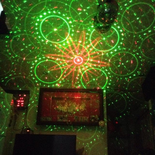 đèn laser chiếu hình Laser Show