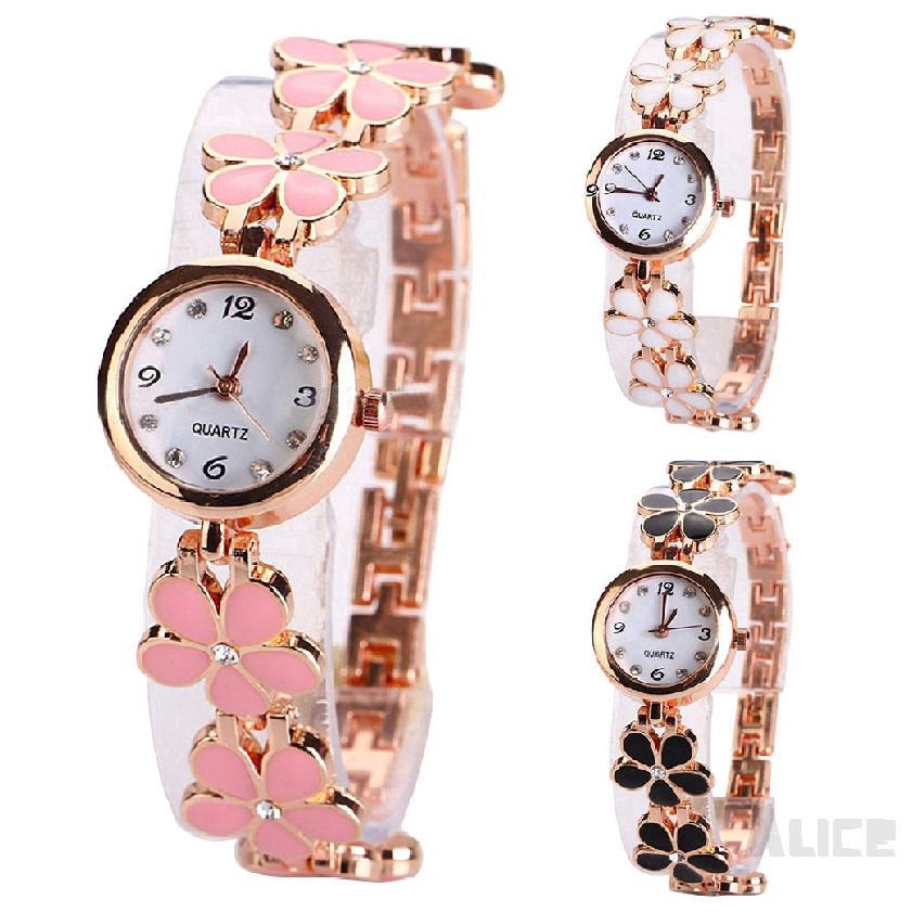 นาฬิกาข้อมือแฟชั่นผู้หญิงด้วยการออกแบบโคลเวอร์สี่ใบไม้ 741