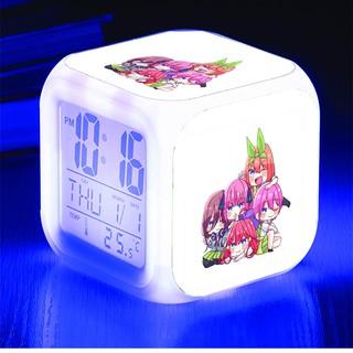 Đồng hồ báo thức để bàn in hình Gotoubun no Hanayome NHÀ CÓ NĂM NÀNG DÂU anime chibi đèn LED đổi màu thumbnail