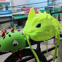 combo balo khủng long và nón khủng long cá mập (siêu cute)