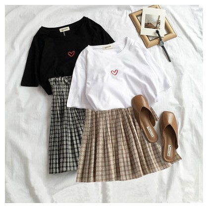 Women Korean Loose Love Heart Short Sleeved Top+plaid Set C3085