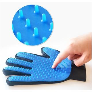 Găng tay chải lông chó mèo - Găng tay lấy lông rụng thú cưng - Phụ kiện cho thú cưng thumbnail