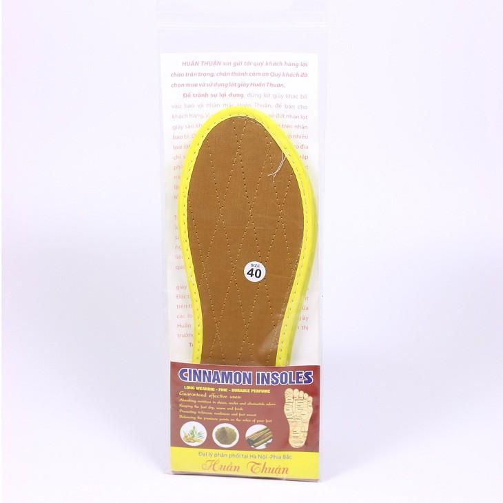 Miếng lót giày hút mùi thoáng khí bằng quế tự nhiên tiện dụng cho nam và nữ