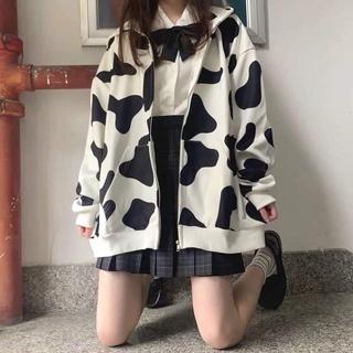 Áo khoác in loang bò so hot