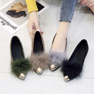 Giày búp bê mũi nhọn phối lông xù trơn màu dành cho nữ