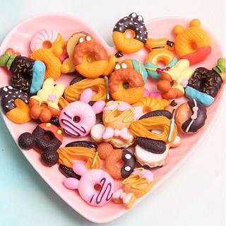 Mô hình các mẫu bánh Donut trang trí tiểu cảnh, vỏ điện thoại, DIY,…