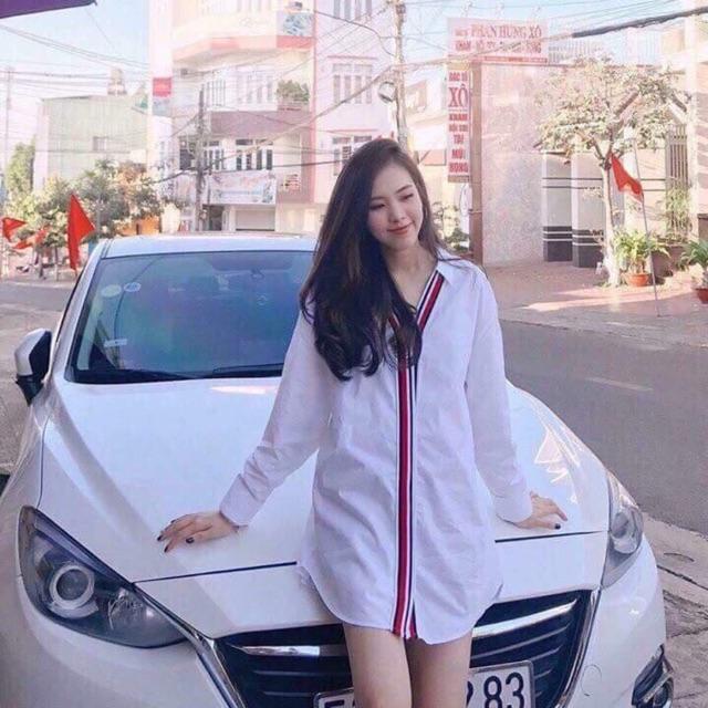 Áo trắng zara viền đỏ