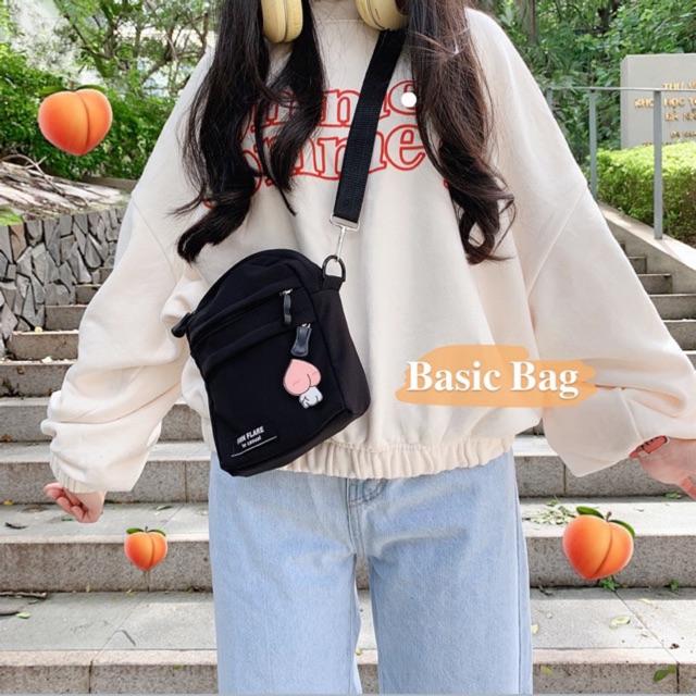 TÚI ĐEN BASIC BAG (Tặng kèm huy hiệu ngẫu nhiên