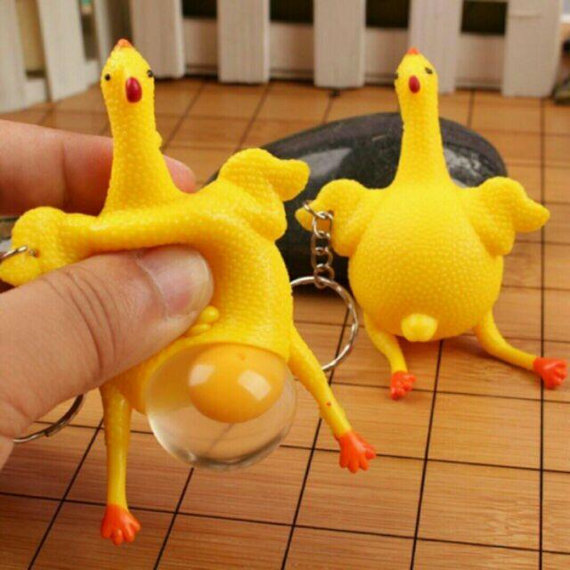 Móc khóa gà đẻ trứng và kiu