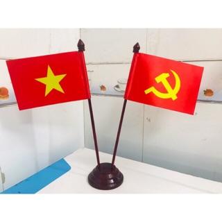 Cờ để bàn đế gỗ đảng Việt (ảnh thật)
