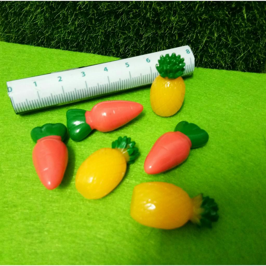 charm slime cà rốt dứa loại lớn mô hình trang trí