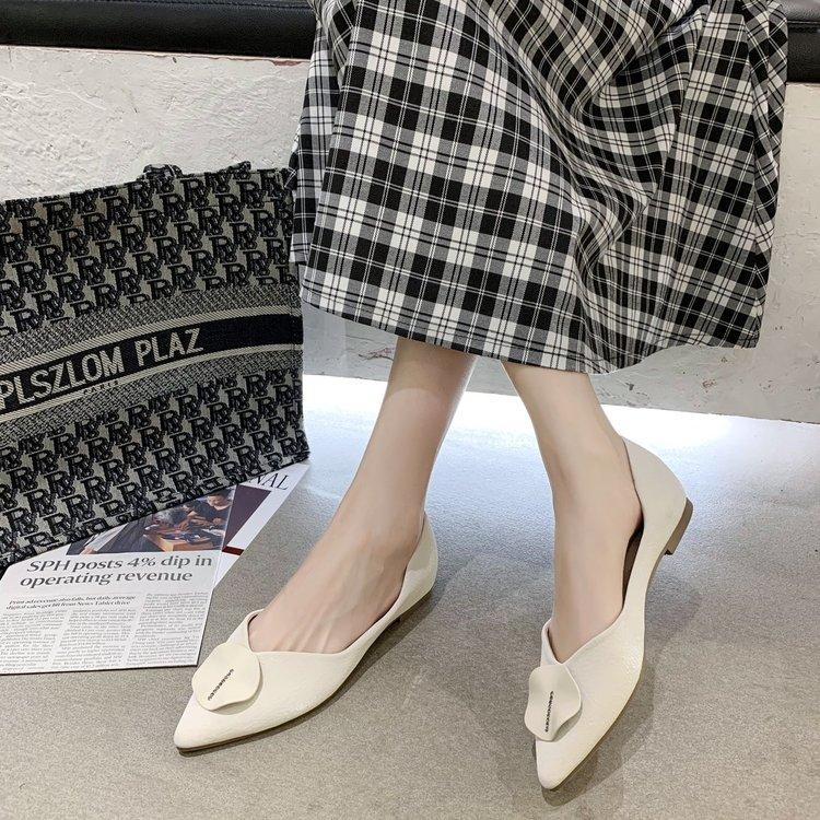 Giày búp bê đế mềm mũi nhọn trẻ trung hợp thời trang