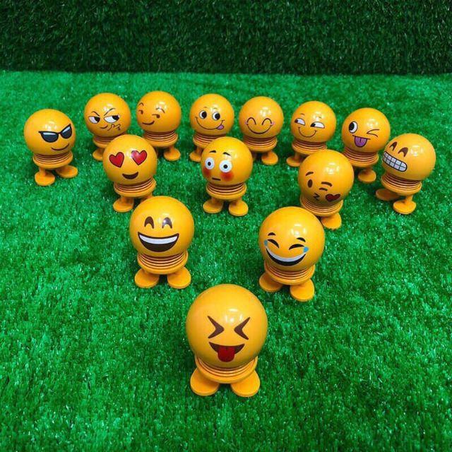 Emoji con lắc lò xo xả tress . Có ảnh thật