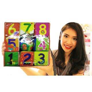 Xúc xắc vải Pipovietnam | Bộ đồ chơi an toàn gồm 8 khối vuông bẳng vải và 1 bóng vải có phát tiếng xúc xắc