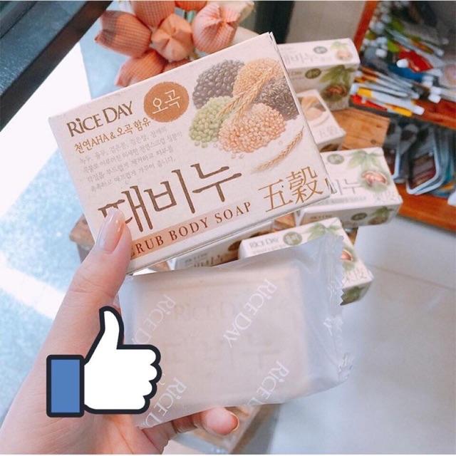Xà phòng tắm tẩy da chết Rice Day Hàn Quốc