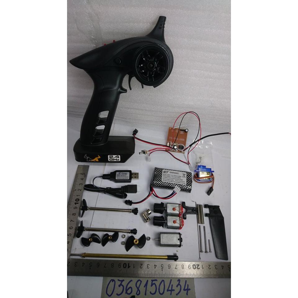 Combo bộ điều khiển 2 kênh Tx Rx có điều tốc chế cho tàu (tx rx sạc pin 2s servo 9g +motor 130, túp láp 9,3cm, chân vịt)