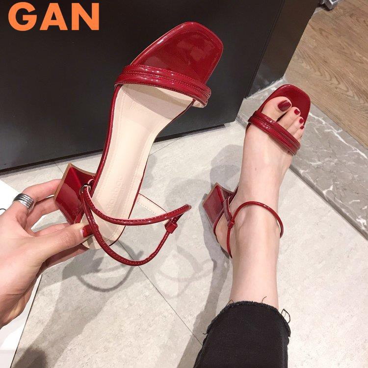 Sandals female fairy wind 2019 summer new net red thick with wild students ins tide word with high heels tide