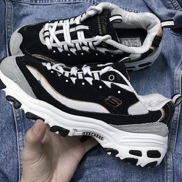 online Schuhe für billige Neuankömmlinge Giày Skechers D'lites đen xám