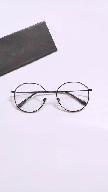 Kính mắt kim loại mảnh vát viền trên loại tốt thời trang