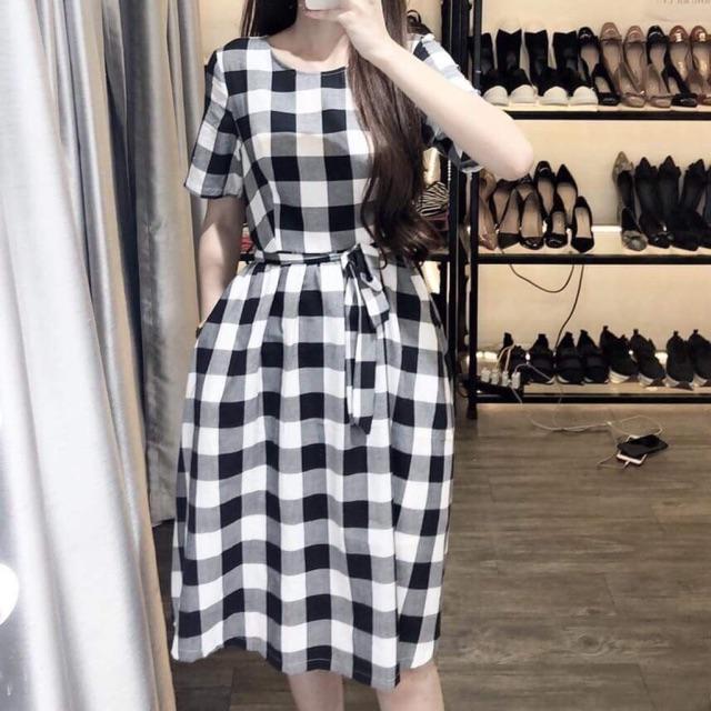 Đầm ca rô thắt eo(k túi)