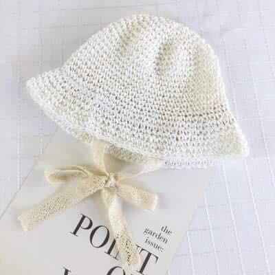 mũ cót trắng xinh xắn cho bé