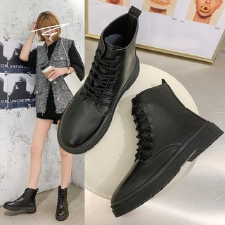 Boot đen basic sale 139k