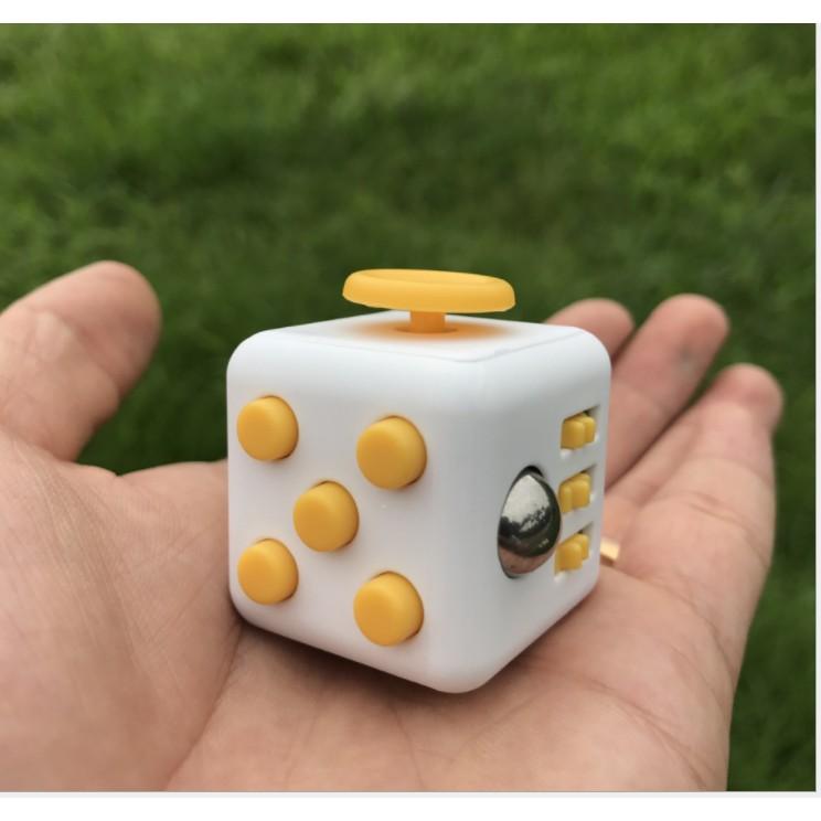 Figet Cube Con Quay Khối