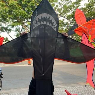 Diều cá mập cỡ đại thumbnail