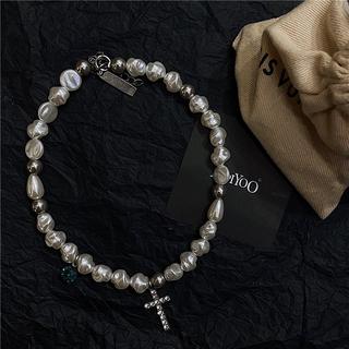 Vòng cổ ngọc trai mặt hình chữ thập phong cách retro thời trang