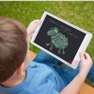 Bảng viết điện tử tự xóa phát huy khả năng sáng tạo cho trẻ