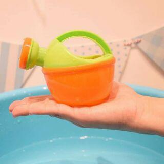 Đồ chơi nhà tắm bình tưới nước cho bé