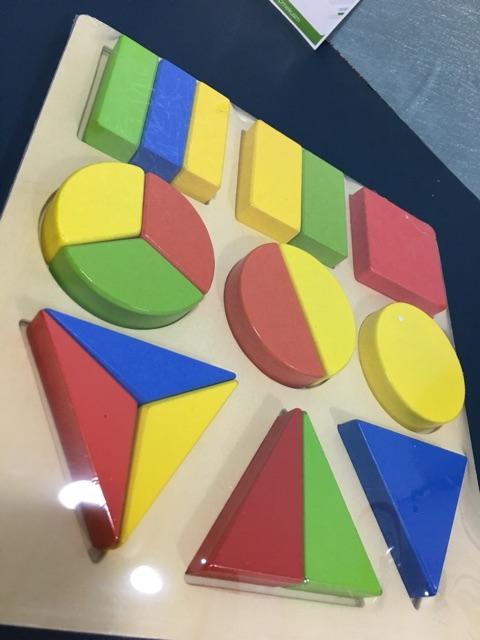 Bộ xếp hình khối