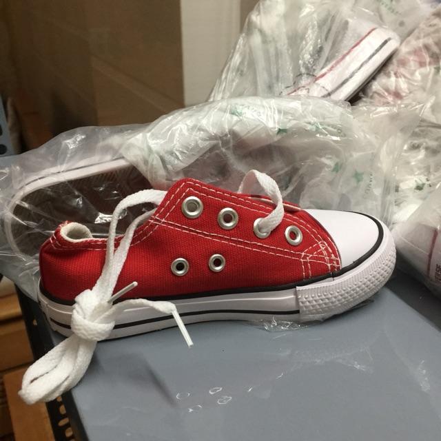 Giày Converse 👞👞👶🏻👧🏻