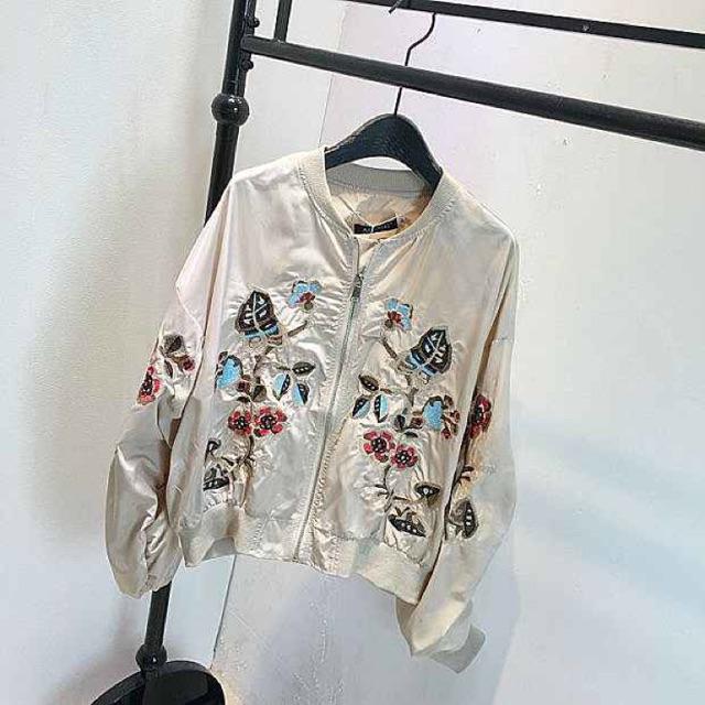 Bomber jacket một lớp thêu hoa - 2551765 , 423281019 , 322_423281019 , 250000 , Bomber-jacket-mot-lop-theu-hoa-322_423281019 , shopee.vn , Bomber jacket một lớp thêu hoa