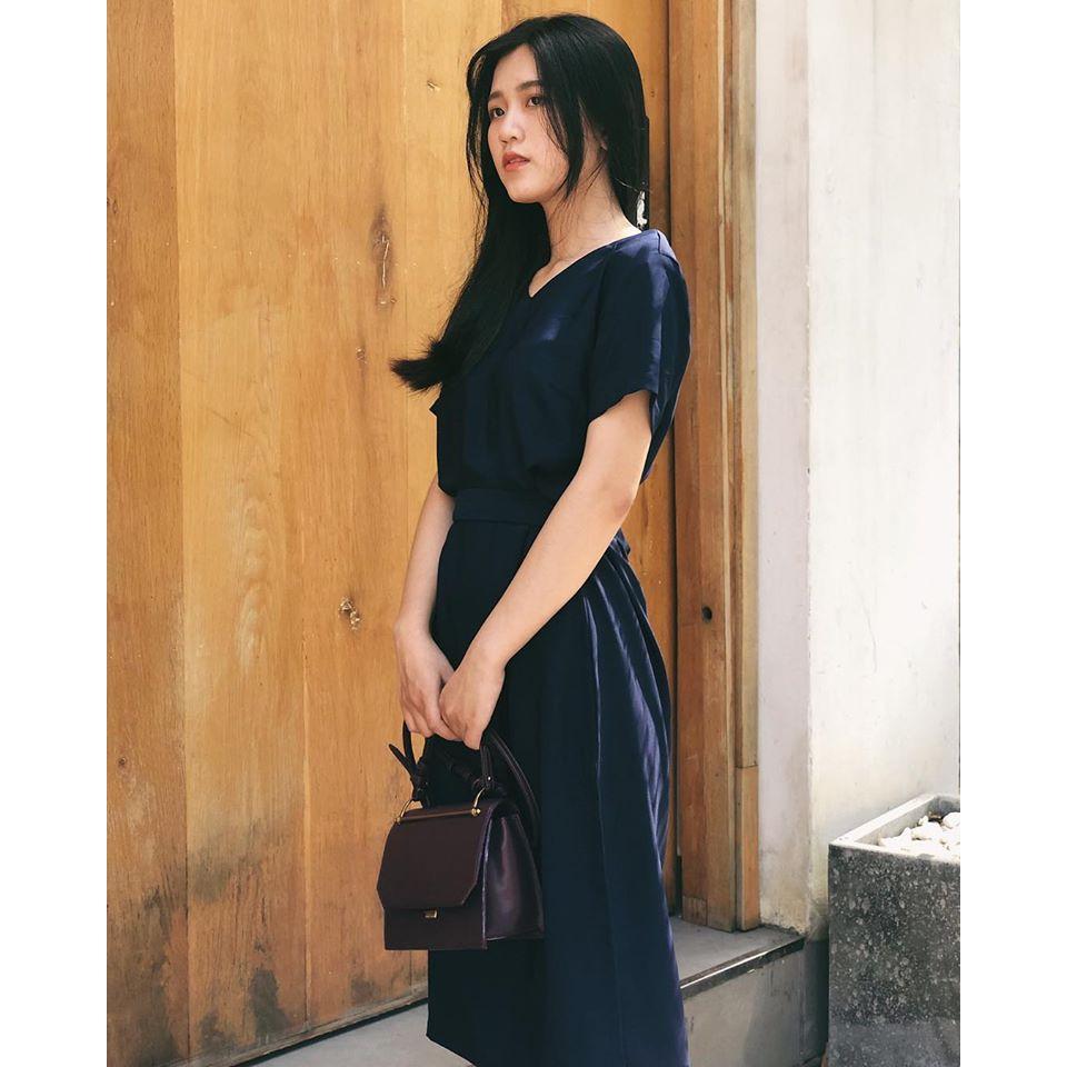 Váy Xanh Đen Serena Dáng Suông Dịu Dàng Cá Tính