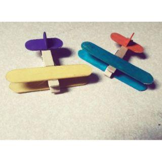 Đồ chơi handmade – Combo 02 máy bay sặc sỡ – Giao màu ngẫu nhiên