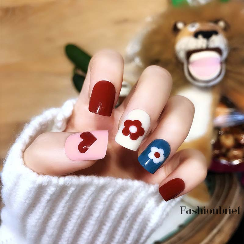❤BRIEF New Korean Colorful Flowers Artificial Nail Tips Cute Sweet Girls Short Round Full Cover Mix