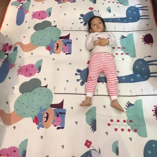Thảm cuộn 2 mặt chống thấm cho bé ( video thật phía sau)
