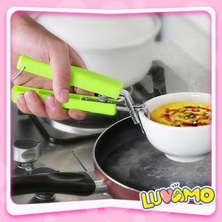 Kìm kẹp gắp bát đĩa chống nóng trong lò vi sóng khi nấu ăn tiện dụng luvamo DC17 thumbnail