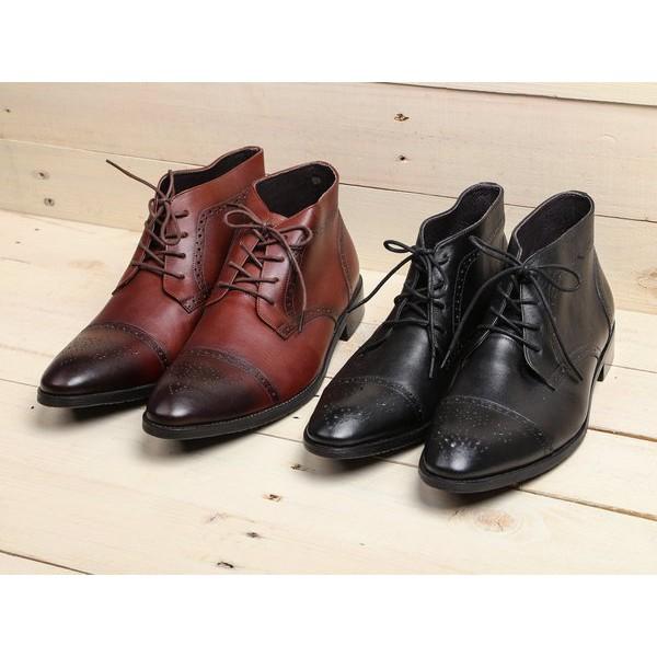 Giày chukka boot V..A họa tiết
