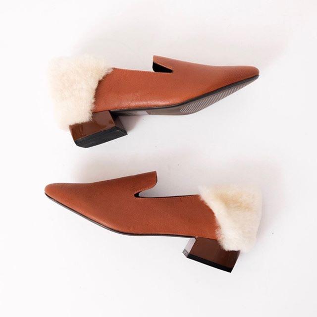 Giày đế vuông gót lót lông