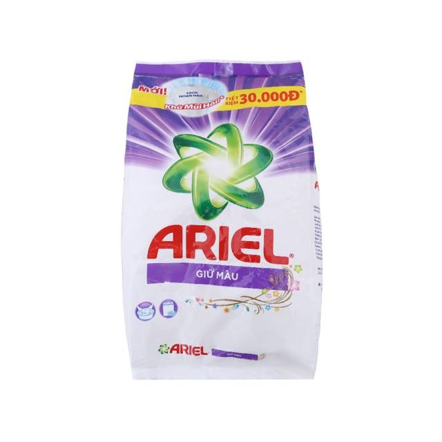 Bột giặt Ariel Giữ màu 2.7kg