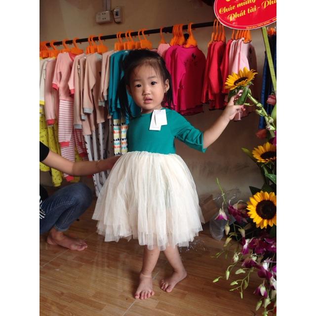 Váy ren bồng Quảng Châu