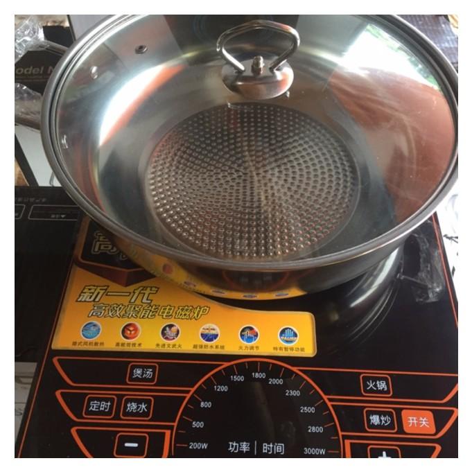 Bếp lẩu từ sôi cực nhanh,khỏe (có kèm xoong nấu lẩu)