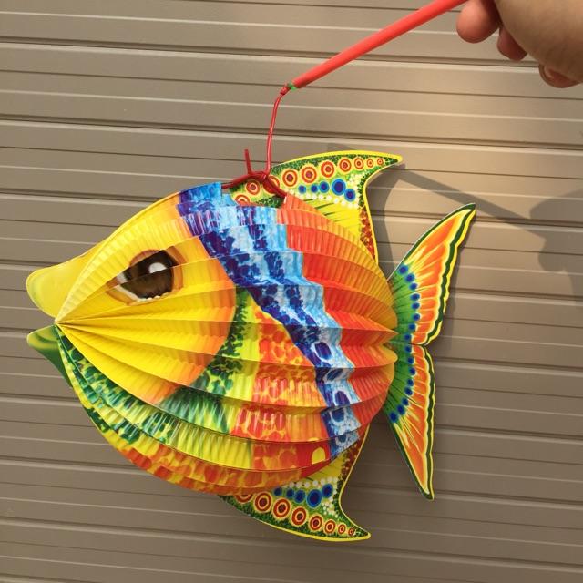 Đèn lồng trung thu bằng giấy hình con cá